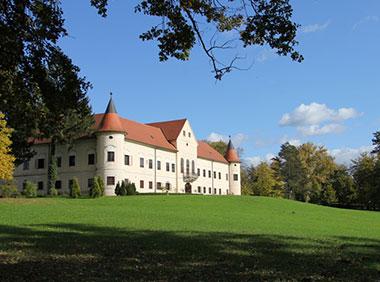 Samostan-Lužnica